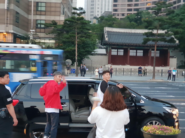 kard leaving their concert in seoul south korea